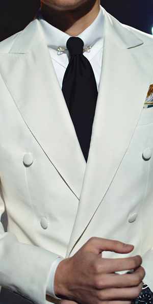 Elegant white wool double-breasted tailor wedding suit for groom